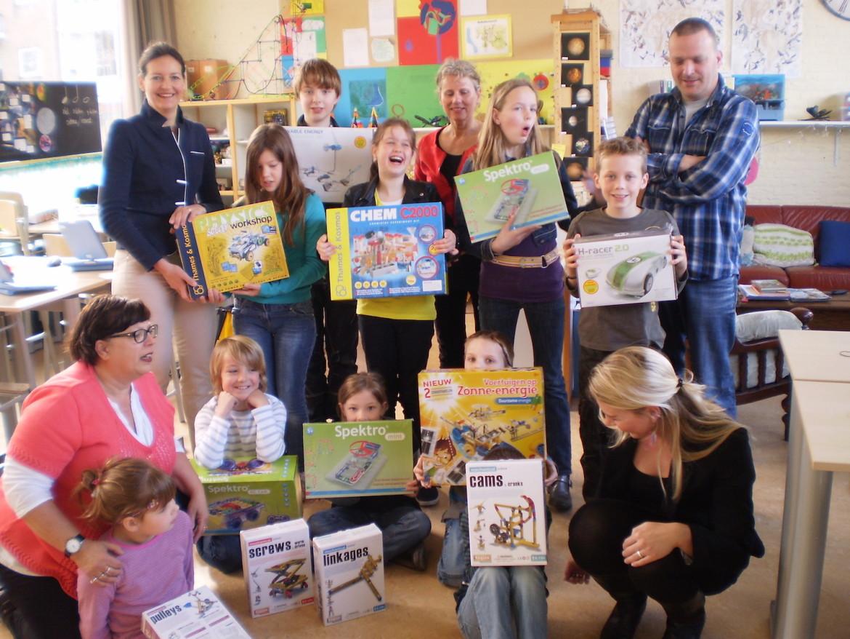 2012-CBS de Krullevaar Hoogeveen, 26 april 2012-bijdrage stichting voor elkaar-unive verzekeringen