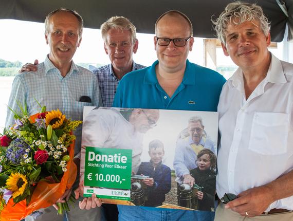 donatie-2-project-steun-financiele steun-stichting voor elkaar-unive verzekeringen-unive verzekeringen-Univé Stad en Land