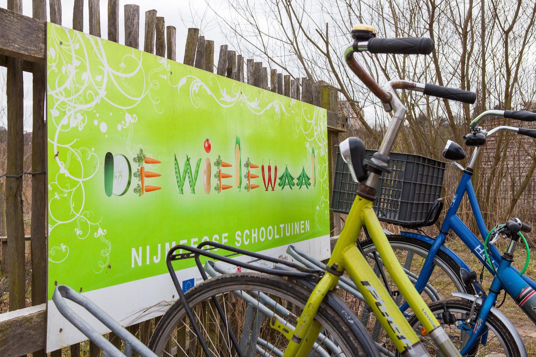 Stichting voor Elkaar-Unive-donatie project-De Wielewaal-1-2-unive verzekeringen-Univé Stad en Land