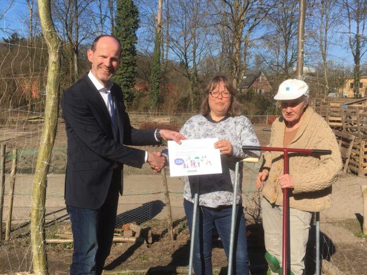 Nieuw tuingereedschap voor Zorgtuin de Molenenk Deventer